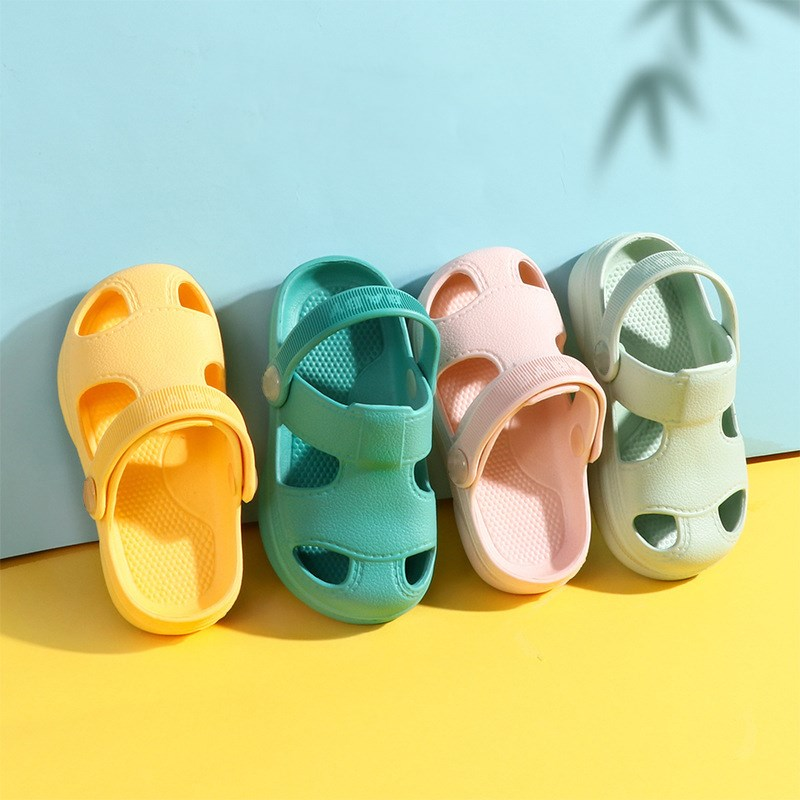 Summer New Baby Hole Shoes Children Nice Non -slip Soft Floor Old Boys Girl Beach Sandals 1 -3 Years