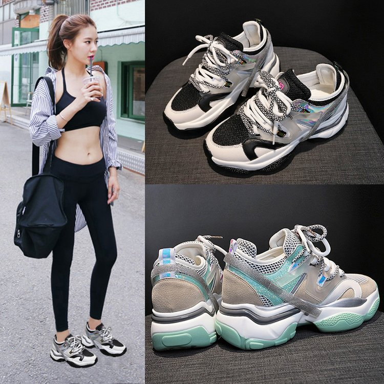 أحذية الربيع الملونة للطالبات كل مباراة تنفس خفيفة الوزن منصة الجري الذكية المدخن أحذية رياضية