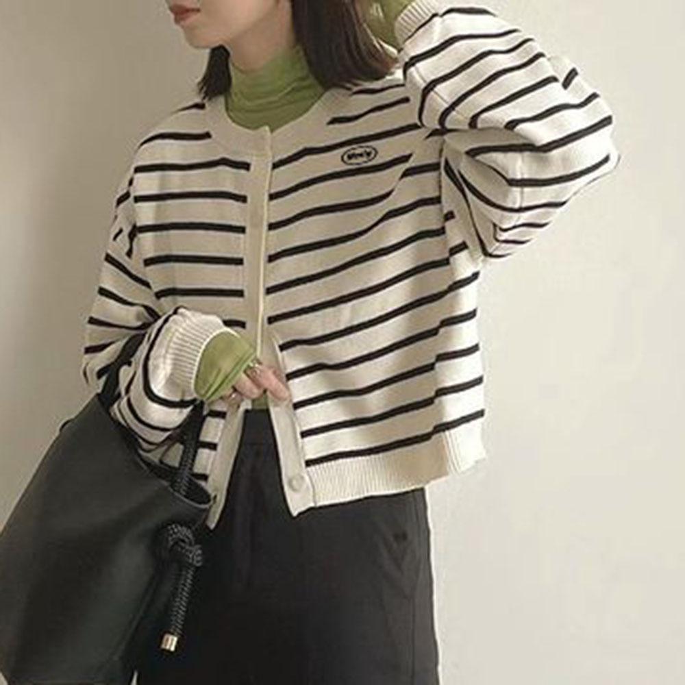 Cordón de las mujeres, suéter de Otoño de 2021 nueva franja coreana-breasted suelto perezoso de manga larga suéter dulce chicas ropa