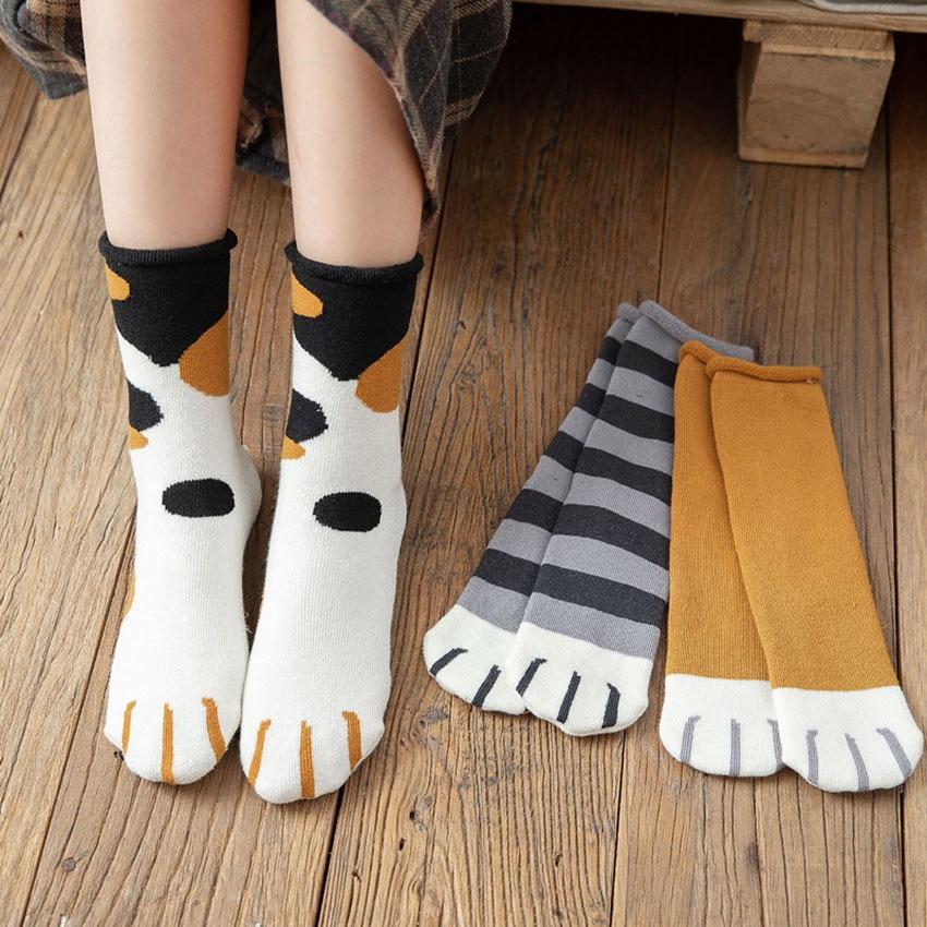 calcetines-de-algodon-con-estampado-de-dibujos-animados-para-mujer-medias-divertidas-con-diseno-de-pata-de-gato-estilo-lindo-ideal-para-regalo-de-navidad-otono-e-invierno-2021