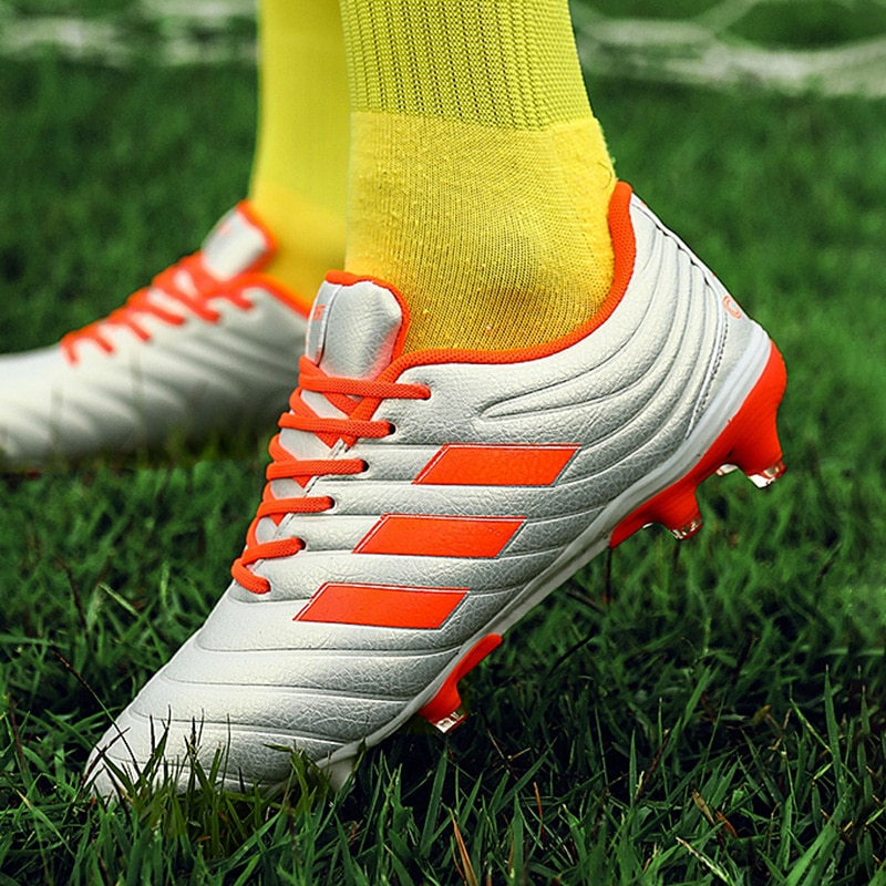 fires men s turf soccer shoes indoor plus size 45 cleats kids original superfly futsal football shoes sneakers chaussure de foot New Football Professional Men Turf Indoor Soccer Shoes Cleats Original Superfly Futsal Football Boots Sneakers Men Chaussure De