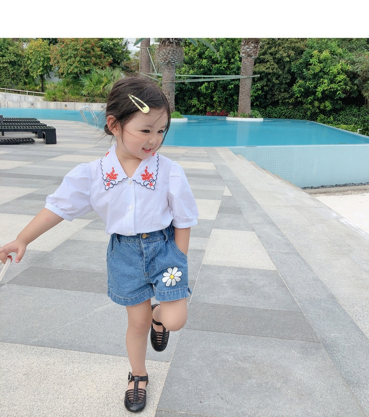 2018 girl s jeans embroidered flowers rose kids trousers cowboy pants denim 3 7 year old child Kids Girl Short Jeans Flower Pants Children Denim Shorts Girls Summer Loose Short Trousers for Shorts Kids Trousers Denim