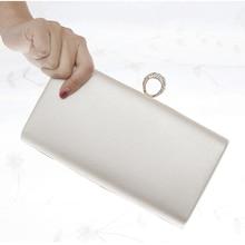 Finger Ring Diamonds Handbags Flap Design Lady Evening Bags Satin White Color Messenger Purse Weddin