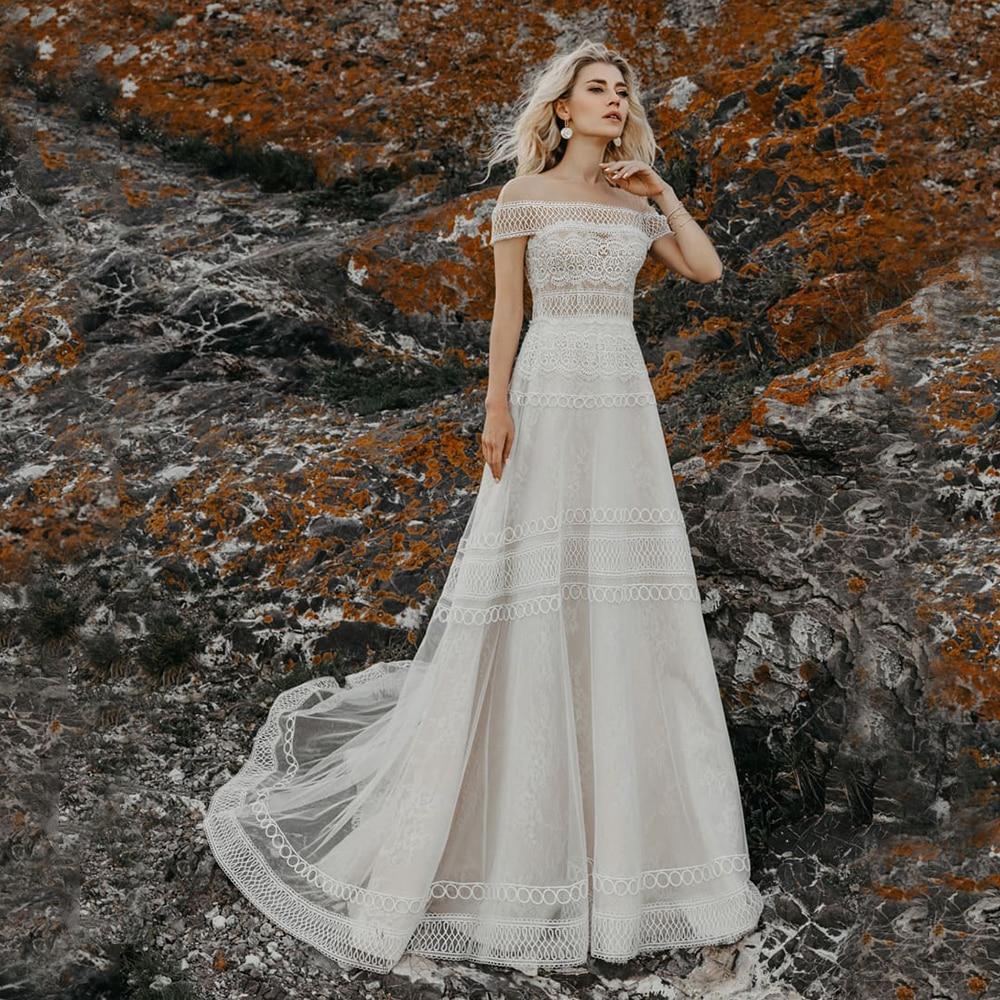 Bohemian Off Shoulder Wedding Dress Boat Neck Lace Bridal Gown Sweep Train Button Back Civil  Bride Skirt Vestido De Novia 2021