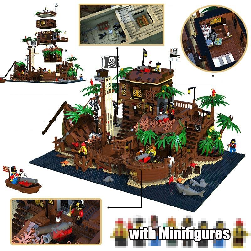 In Stock 21322 Pirates of Barracuda Bay 698998 49016 Pirate Theme Series Ideas 3520PCS Model Building Blocks Bricks Toys