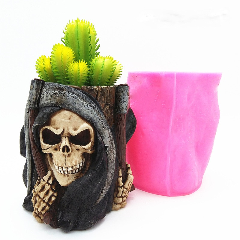 Cool Halloween Skull Silicone Mold for Handmade Desktop Decoration Gypsum Flowerpot Pen Case Silicone Mould Handicrafts Making