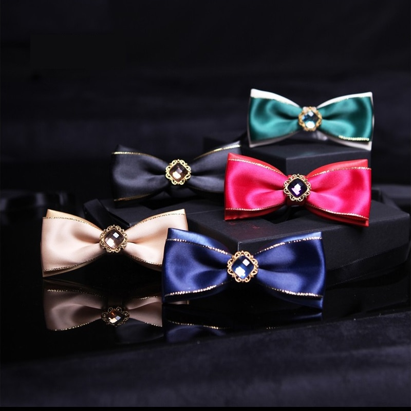 2020 Top Quality Tie Men's Noble Diamond Designers Brand Butterfly Bowties Shiny Romantic Wedding Groom Bow Tie for Men Gift Box