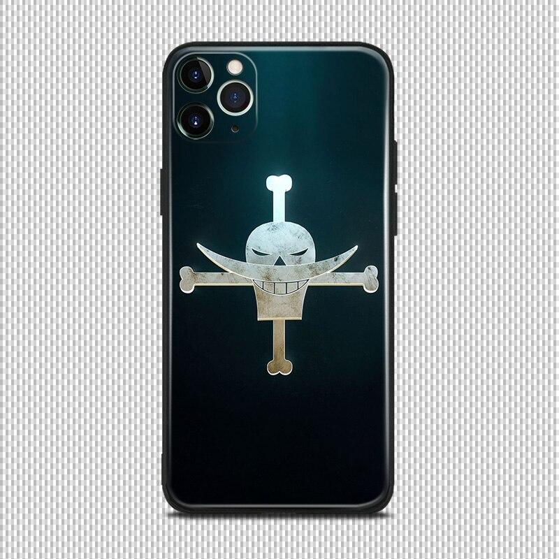Funda protectora de silicona suave para teléfono con logo de piratas de barba blanca, emblema de anime para iPhone se 6 6s 7 8 plus x xr xs 11 pro max