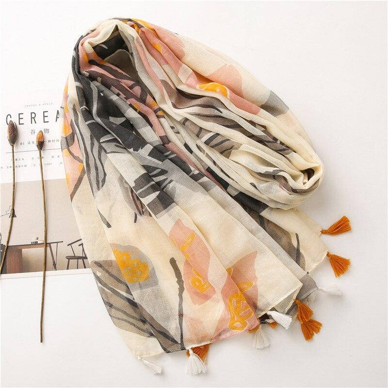 2021 Newest Women Leaf Printed Scarf Tassel Scarf Cotton Scarf Shawls Wraps Hijabs