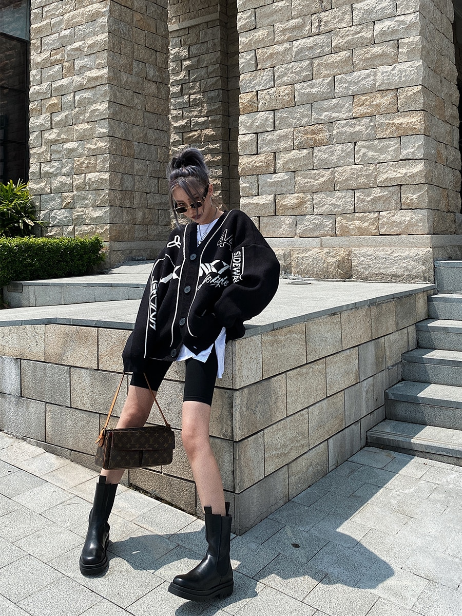 Long Winter Women Cardigan Jacket Sweater Big Buttons Black Harajuku Oversized Sweater Women V Neck Topy Damskie Sweaters BY50KS enlarge