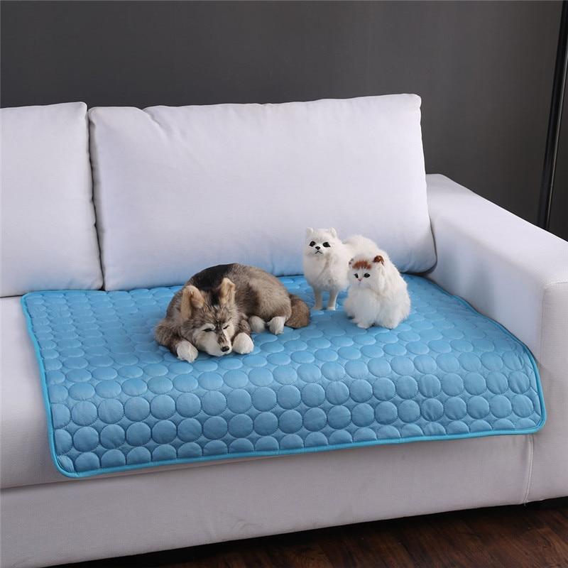 Colchonetas refrigerantes de verano, manta de hielo, esterillas de cama para perros y gatos, sofá portátil, viaje, Camping, Yoga, dormir, accesorios para mascotas DB935