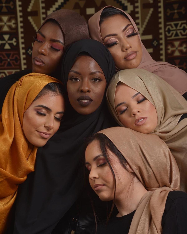 10 unids/lote plano liso Malasia alta satén hiyabs de seda shinny hijab bufanda islam chal cabeza wraps suave seda largo musulmán hijab