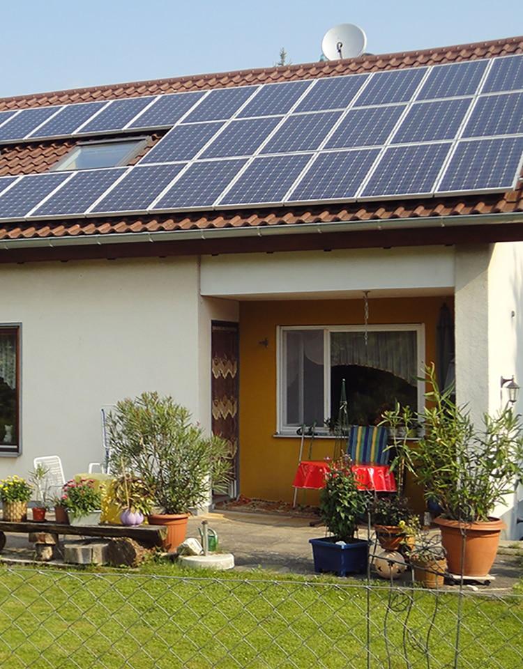 Kit completo de painel solar, kit completo de painel solar de 9000w 9kw 10000w 10kw 220v painel solar 300w híbrido inversor 5kw controlador onda senoidal pura 40a mppt para casa