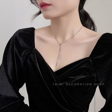 Necklace for Women Ins Cold Style Triangle Pendant Light Luxury Minority Design Clavicle Chain Acces