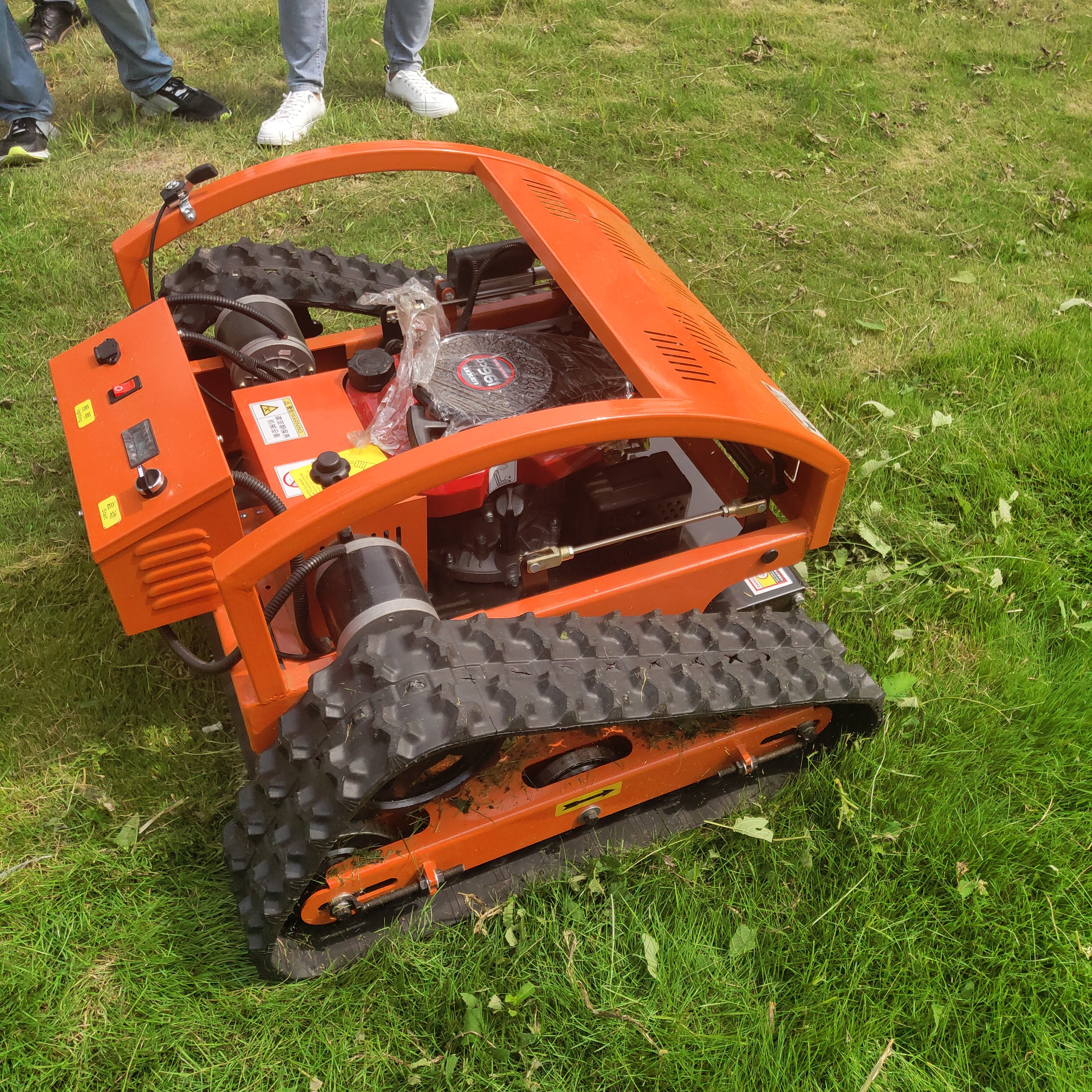 Automatic RC Lawn Mower Robot Gasoline Grass Cutting Machine for Sale Agricultural Weed Machine Honda Lawn Mower Parts