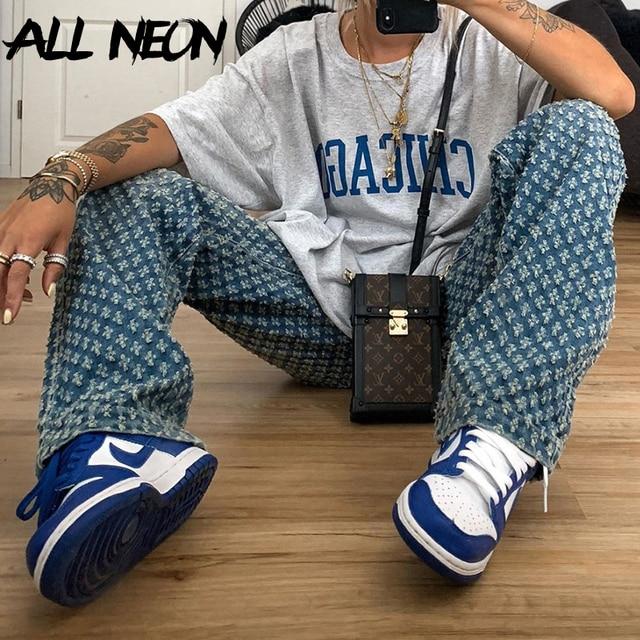 Y2K old jeans, high waist tear jeans, straight blue, hip hop style, retro, 90s street clothes, autumn 2