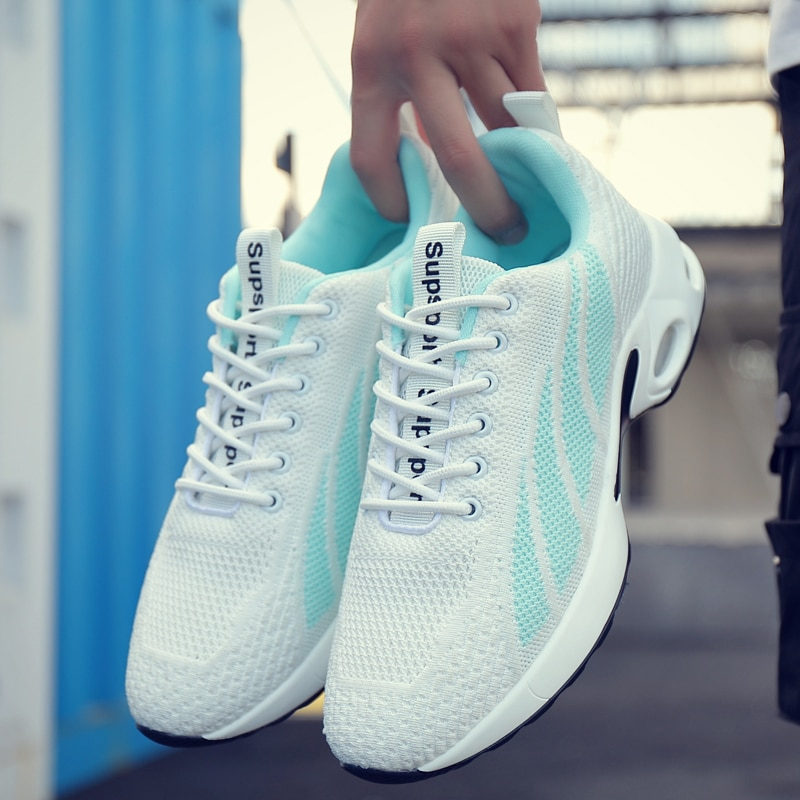Zapatillas de deporte Unisex a la moda para hombre, zapatos casuales para hombre, zapatos transpirables para caminar, nuevos zapatos con suela gruesa, zapatos vulcanizados para hombre