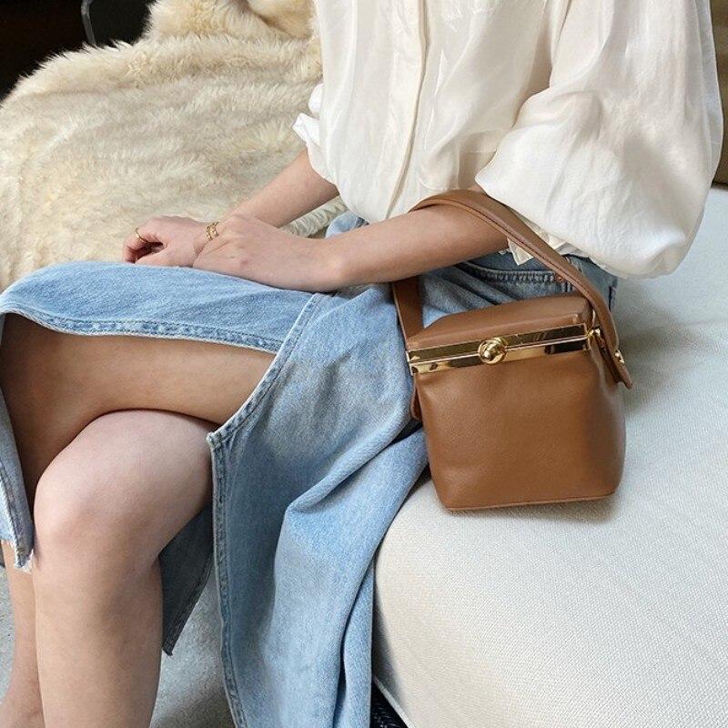 Bolsa de Ombro Bolsa do Vintage Moda Designer Festa Pequena Caixa Tote Genuíno Couro Quadrado Balde Bolsa Feminina Correntes Crossbody Bolsas