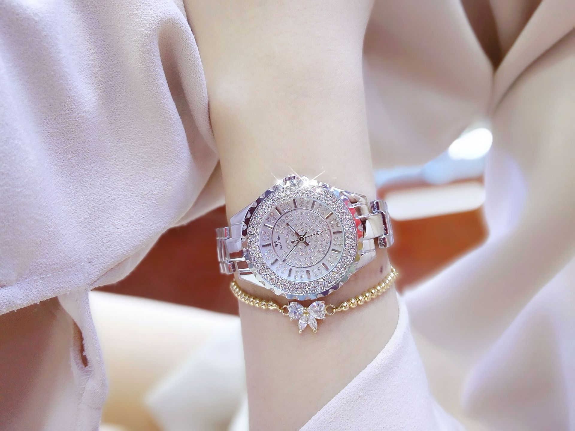 Hot selling watch full Crystal female watch 2021 Ladies Wrist Watches Dress Watch Women Diamond Watches Stainless Steel Clock enlarge