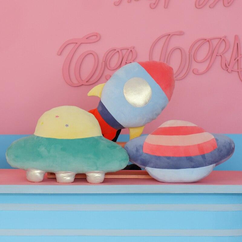 ¡Novedad de 2020! Almohada con serie espacial, decoración para habitación de niños, almohada bonita, cohete espacial de peluche, muñeco de peluche, cojín para sofá, livin