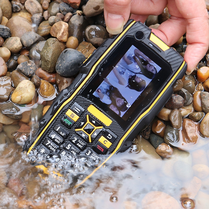3G WCDMA IP67 waterproof rugged shockproof SOS Mobile Phone Speed dial cheap cell Phones push-button celular Russian French