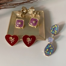 AOMU Simple Enamel Square Round Geometric Earrings Rose French Graffiti Retro Earrings Asymmetric Enamel Earrings for Women Girl