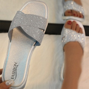2020 Women Bling Crystal Slippers Summer Sildes Casual Soft Woman Outdoor Beach Indoor Glitters Flats Shoes Ladies Footwear