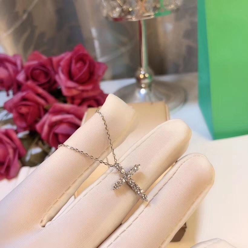 TSHOU234 TIFF 925 серебряный крест циркон серебро ожерелье леди подарок ключицы цепь
