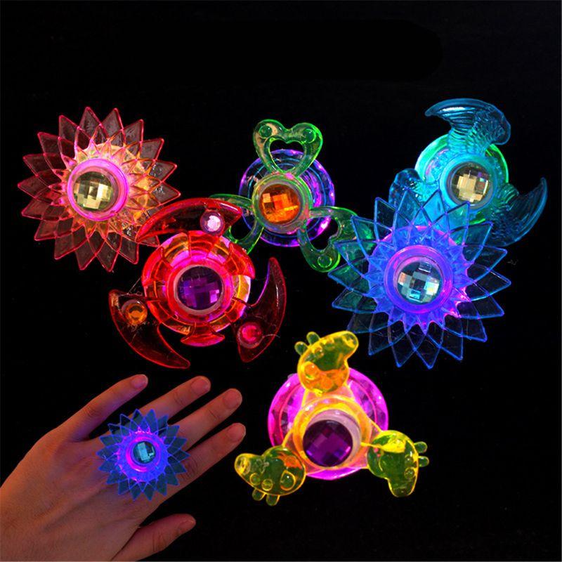 Nouveau 3 pièces Led Fidget Spinner anneau Flash lumière main Spinner Gyro soulagement du Stress jouet fête faveur