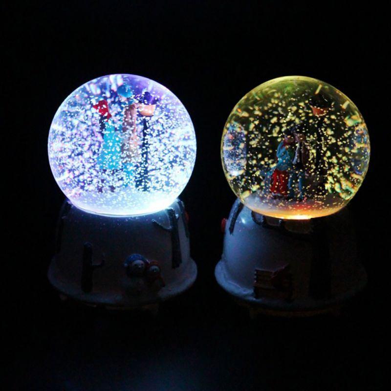 Śnieg pływający pozytywka z kryształową kulą prezent na walentynki do dekoracji Tabletop Ornament pozytywka ze światłami