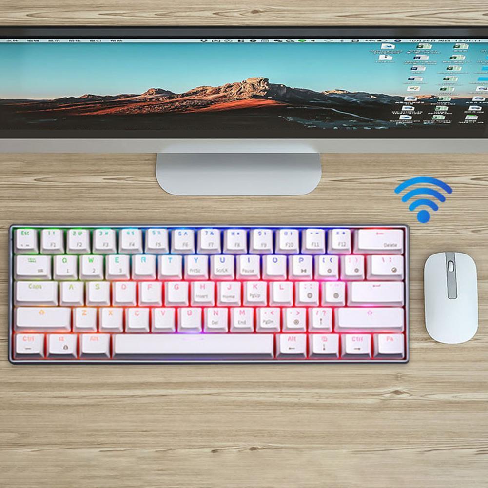 لوحة مفاتيح USB سلكية ميكانيكية للالعاب RK61 RGB 2.4G ثلاثية الوضع 61 مفتاح بلوتوث للتابلت سطح المكتب ملصق روسي