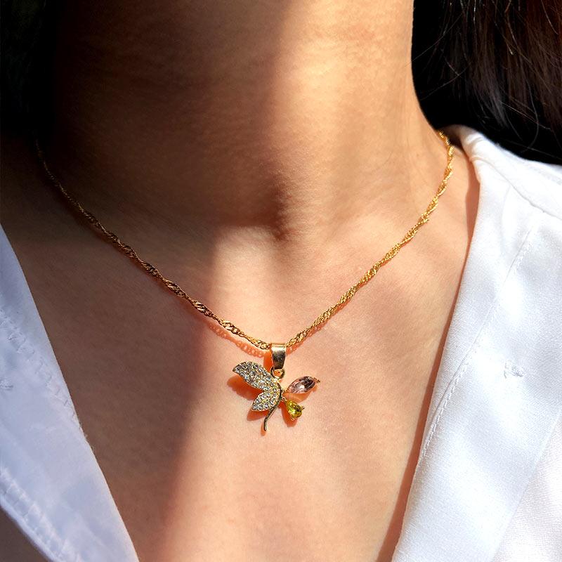 Collar con colgante de dinosaurio de cristal Mini JUST FEEL Personality para mujer, collar con Cruz de Color dorado, regalo de joyería de moda