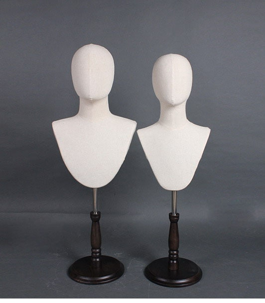 Modelo de pañuelo de seda para cabeza camisa de corbata hombre y mujer maniquí cabeza sombrero exhibidor Stand retrato soporte para pecho