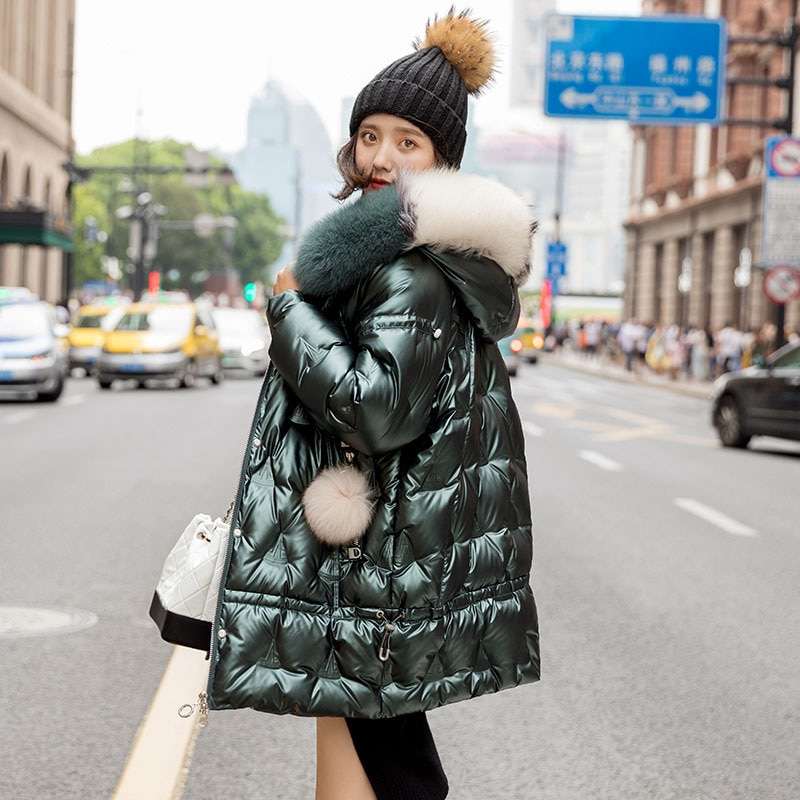Women's High Quality  2021 New Mid-length White Duck Down Down Coat  Fashion Shiny Loose Large Fur Collar Winter Thicken Jacket