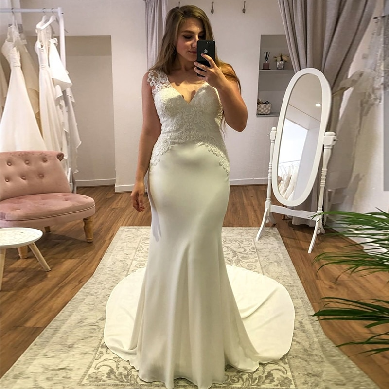 MoonlightShadow Graceful Wedding Dresses Mermaid V-Neck Sleeveless Satin Appliques Floor-length Bridal Gown Robe De Mariée