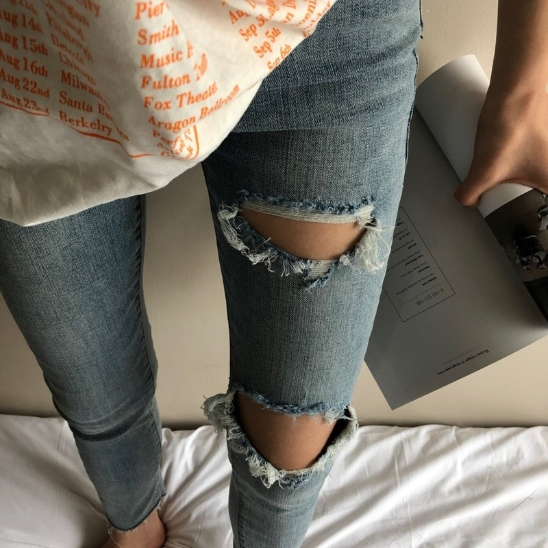 2020 New Summer South Korean Fashion Personality Hole Old Wear White Wash Raw Hem High Waist Light Color Skinny Small Leg Jeans