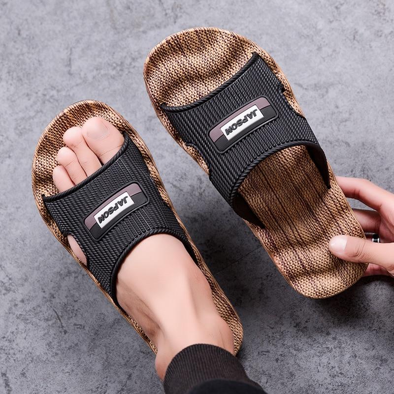 Arrival Hollow Slippers Men's Clogs Summer Shoes Men Slides Breathable Non-slip Mules Male Garden Shoes Casual Beach Sandals2021