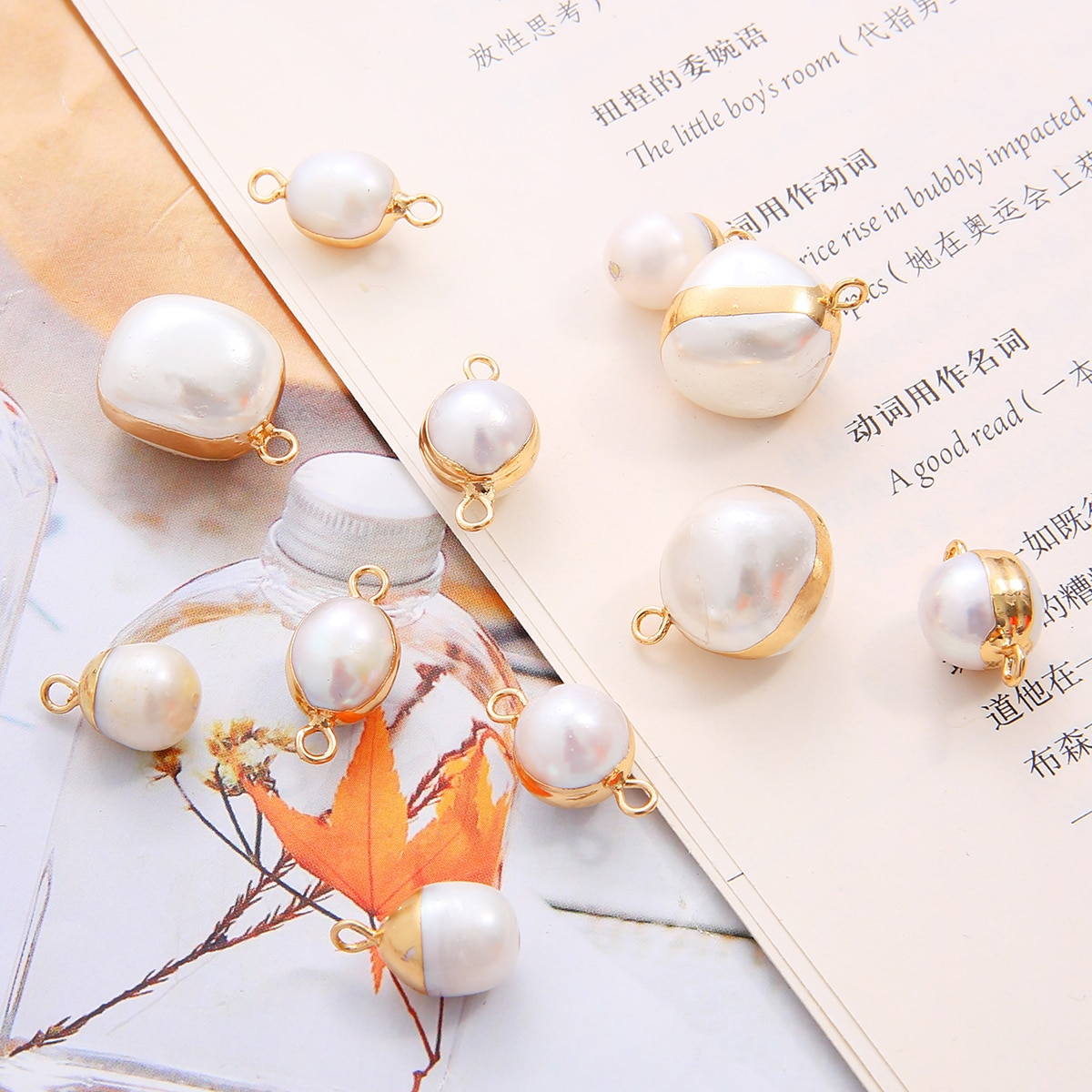 Natural Round Pearl Pendants Charms Copper Color Edged Pearl Connectors White Pearl Pendant for Wome