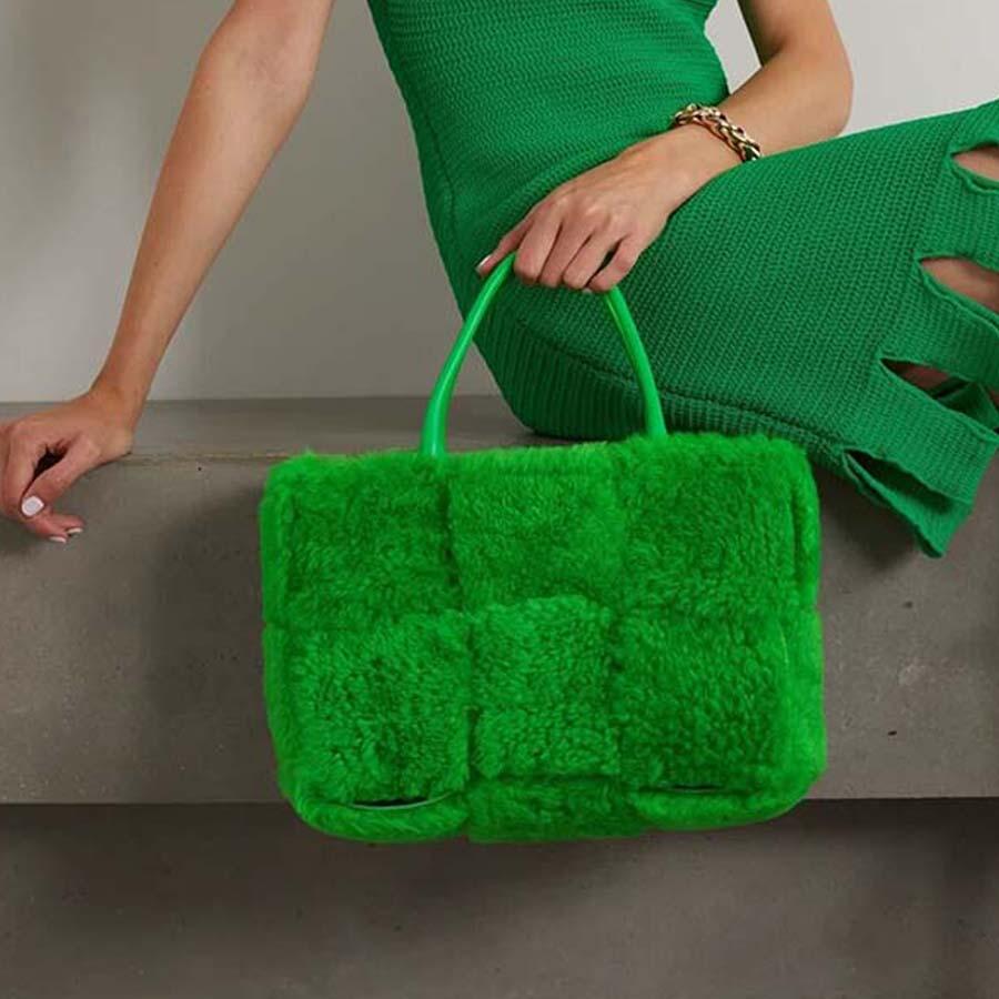 حقائب يد على الموضة بتصميم ماركة فروي للسيدات في عطلة نهاية الأسبوع حقيبة يد نسائية ذات سعة كبيرة ذات مقبض علوي 2021