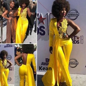 Yellow Fashion Evening Jumpsuit with Long Sleeve 2021 Lace Stain Sexy V-neck African Plus Size Prom Dress with Pant Suit