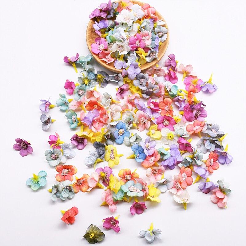 50/100Pcs 1.5cm Mini Daisy Flower Head jedwab sztuczny kwiat DIY Garland stroik sztuczne kwiaty do dekoracji ślubnej domu