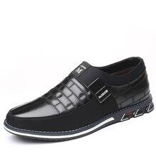 Cuir véritable hommes chaussures décontractées hommes mocassins mocassins respirant Slip On noir chaussures de conduite Plus la taille 38-46