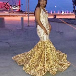 Вечернее платье с лямкой на шее в африканском стиле золотого цвета с открытой спиной и русалочкой; Лидер продаж; Пикантные вечерние платья; ...