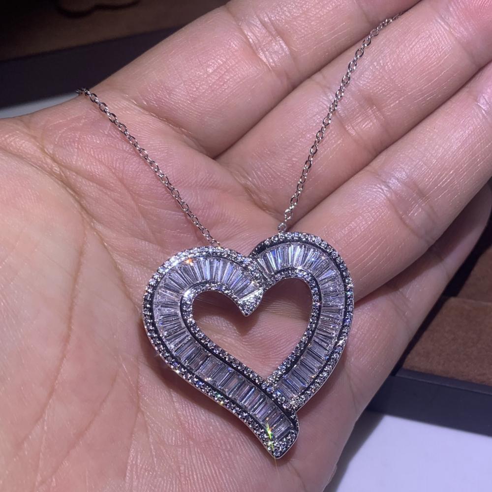 Joyería de lujo súper brillante 925 Plata de ley completa princesa corte blanco claro 5A Zirconia cúbica corazón colgante mujer collar