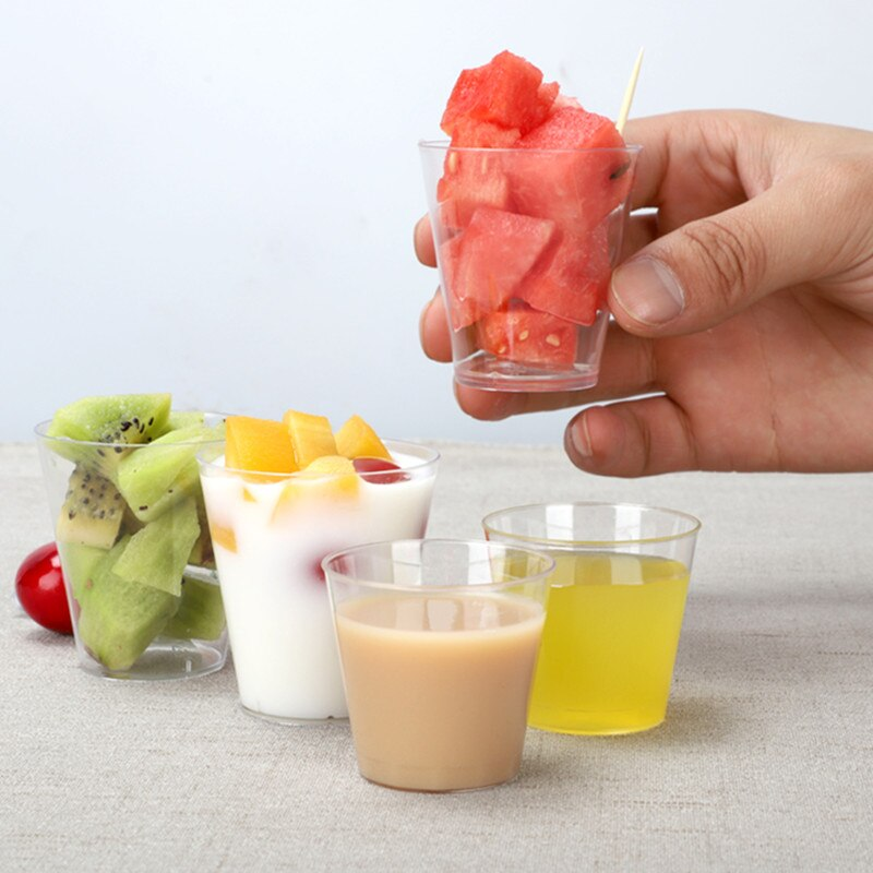100 قطعة تذوق كوب كوب بلاستيك للاستخدام مرة واحدة 30 مللي 50 مللي كوب المشروبات الصغيرة شفافة الطيران كوب زجاج صغير اكسسوارات المطبخ