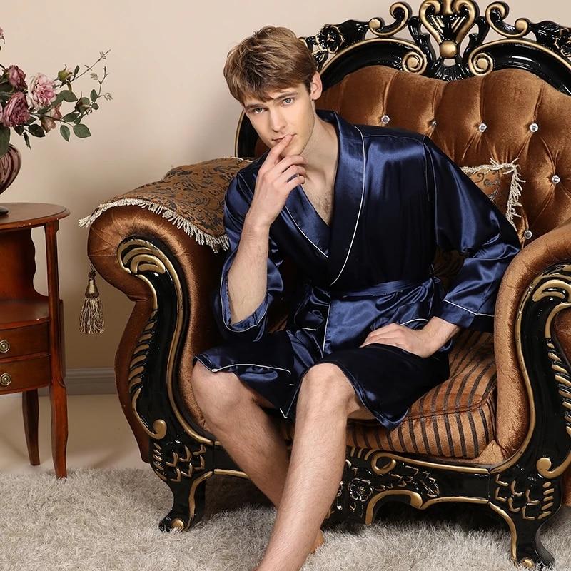 Из двух частей шелк шорты халаты комплект пижамы мужчины 27% халат мужские пижамы кимоно для мужчин дом мягкие уютные с длинными рукавами ванна гоу