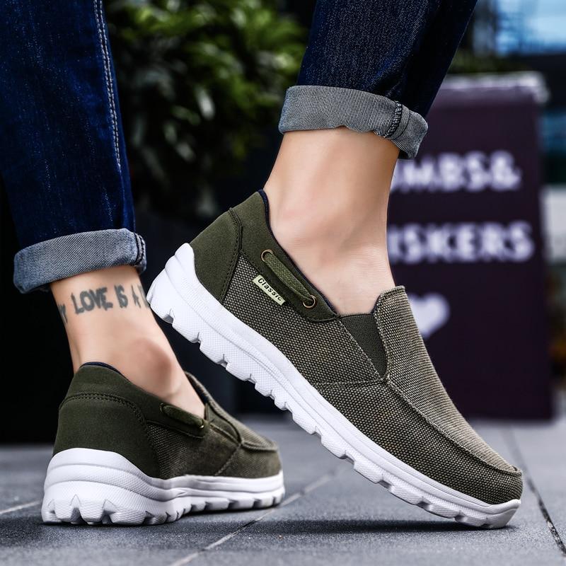 الرجال حذاء كاجوال ضوء المتسكعون أحذية رياضية 2021 جديد أزياء من القماش الكتاني الرجال مريحة حذاء كاجوال Zapatos أحذية الكاجوال الرجال