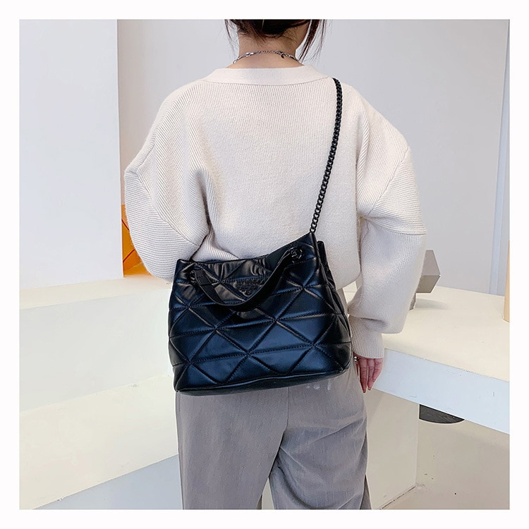 Fashionously  Leather Women Convertible Shoulder Bags Fashion Solid Luxury Messenger Bag Designer Fe
