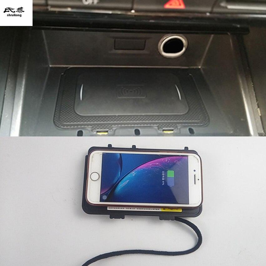 10 Вт QI Беспроводное зарядное устройство для телефона Быстрая зарядка Панель держатель для телефона 2018 2019 Volkswagen VW T-ROC JETTA 7 MK7 T-Cross