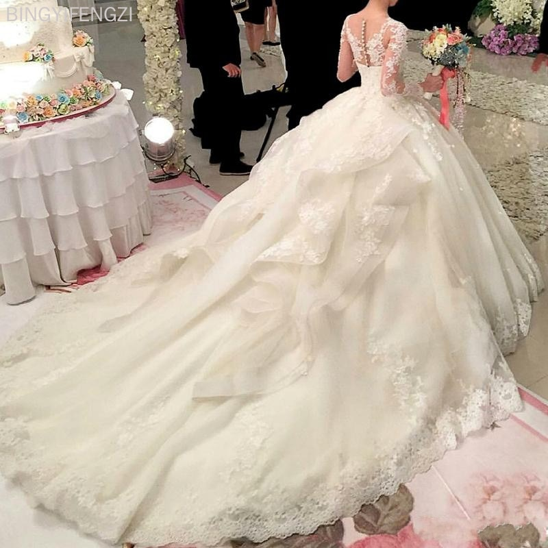 Flowers Ball Gown Wedding Dresses 2021 New Long Sleeve Muslim Lace Appliques Wedding Gowns Bridal Dress Hot Sale Dubai Crystal